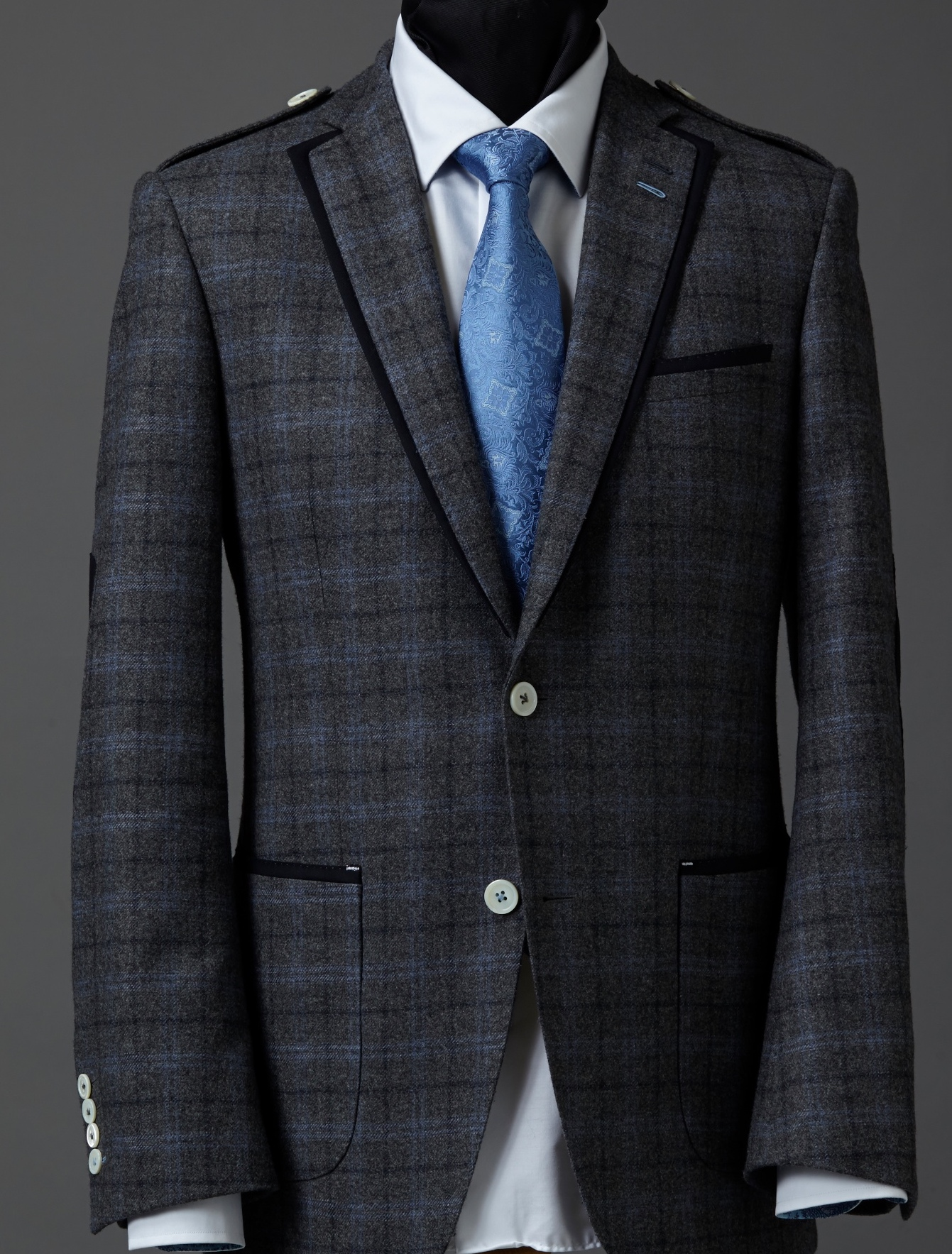 casual plaid grey jacket.jpg
